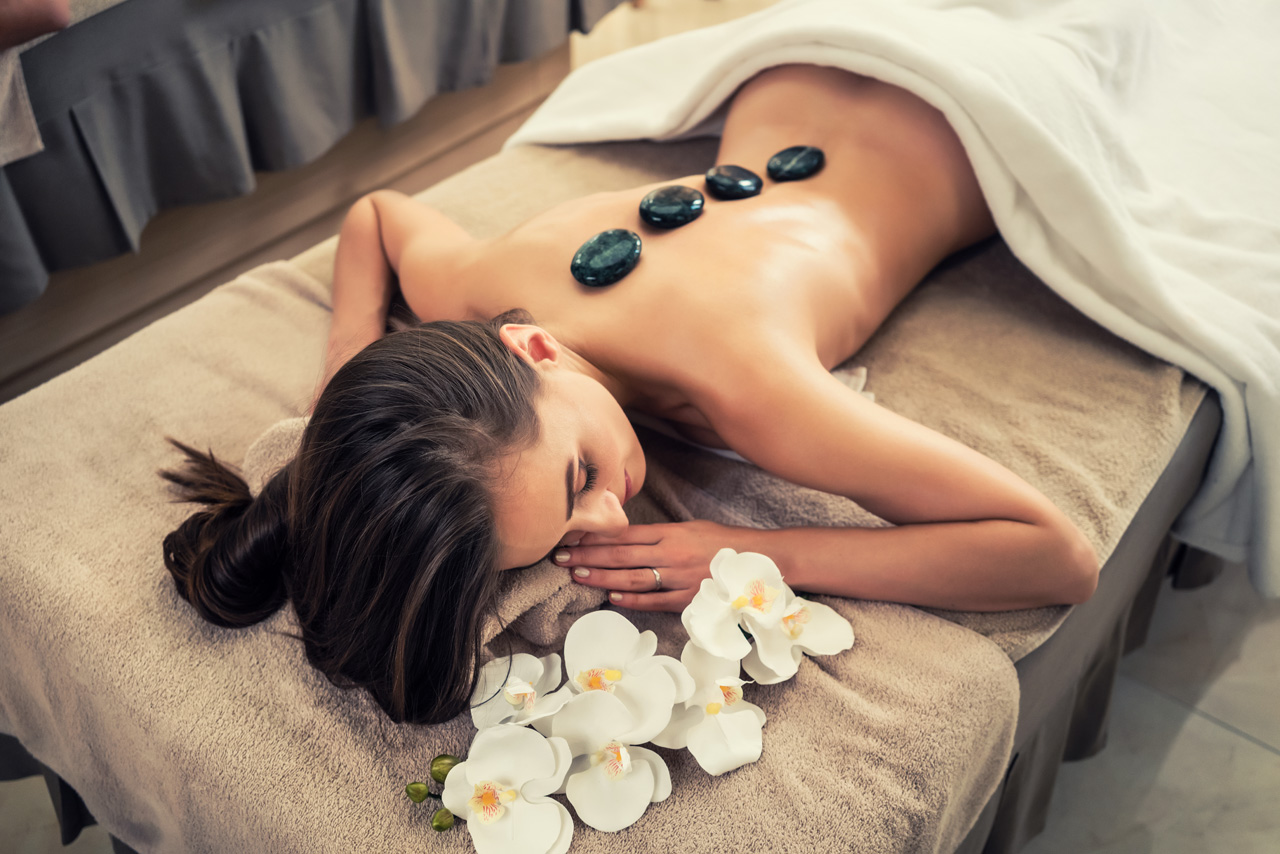 Sea Stone Massage